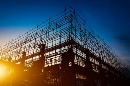 diferença entre incorporadora e construtora